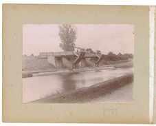 2 PHOTOGRAPHIES ANCIENNES CHATEAU DE CHASTELLUX ET PONTON DE CHARGEMENT A GERMIGNY SUR CANAL - Lieux