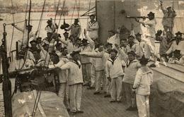 Marine Francaise  Exercice De Signaux A Bras A Bord D Un Cuirasse - Militaria