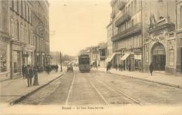 "CPA FRANCE 29 ""Brest, La Rue Jean Jaurès / TRAMWAY - Brest"