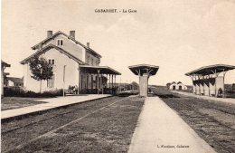 40 GABARRET LA GARE ANIMEE  CLICHE UNIQUE - Gabarret