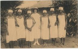 Infirmières Accoucheuses Sage Femme Noires Poste De La Croix Rouge à Pawa Red Cross   Thill Nels - Congo - Kinshasa (ex Zaire)
