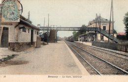 V5341 Cpa 95 Brunoy - La Gare, Intérieur - Francia
