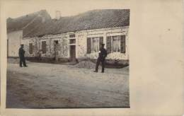 59 - Maison Criblée De Balles, Infirmier Militaire Allemand, Légendé En Allemande à Dechiffrer, Carte Photo Ww1 1917 - Ohne Zuordnung