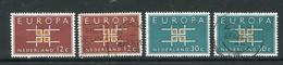 Pays Bas Y&T N°780 Et 781 Neufs Avec Charnière * Et Oblitérés Europa - Ungebraucht