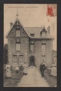 CPA : Dépt.27. VILLIERS-sur-ROULE . Villa Des CLÉMATITES . Animation . - Francia