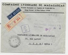 """MADAGASCAR - 1945 - AFFRANCHISSEMENT TAMPON """"TAXE PERCUE POSTE AERIENNE"""" - ENVELOPPE RECOMMANDEE De TANANARIVE Pour LYON - Madagascar (1889-1960)"""
