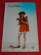 """FANTAISIES - ENFANTS -  Fillette Au Bouquet De Roses - """" Bonne Année """" - Portraits"""