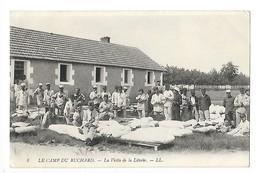 LE CAMP DU RUCHARD (cpa 37)  La Visite De La Literie -    - L 1 - Manovre