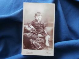 Photo CDV Marius à Paris - Petit Garçon En Robe  Vers 1885-90 L289 - Foto
