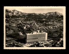 13 - MARSEILLE - Cité Radieuse LE CORBUSIER - Marseille