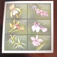 TANZANIA   2154 MINT NEVER HINGED MINI SHEETS OF FLOWERS - ORCHIDS - Orchidee
