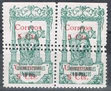 Pareja Sellos MARRUECOS Español 5 Cts Sobre 10 Pts , Variedad Doble Dentado Horizontal,  Num 69 * - Marruecos Español