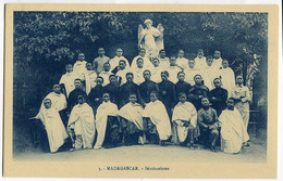 CARTOLINA MADAGASCAR OEUVRE DES PRETRES MALGACHE SEMINARISTES RELIGIONE - Madagascar