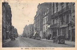 51 - REIMS, La Rue De Vesle Vers Le Pont Du Canal - CPA En Bon état, écrite Avec Voitures Anciennes - Reims