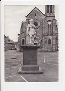 22  Broons La Statue De Duguesclin Photographie D' Art N. Tugaut - Otros Municipios