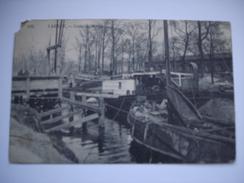 Laeken. Canal De Willebroeck. - Laeken
