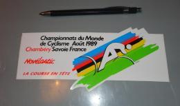 Autocollant 017, Sport Cyclisme Championnat Du Monde 1989 Chambéry Novélastic - Autocollants