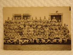 Militaria//Militaire - Très Rare Carte Postale Militaire - Photo De Groupe - Militaria