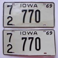 Plaque D'immatriculation - USA - Etat De L'Iowa 1969 - La Paire - - Number Plates