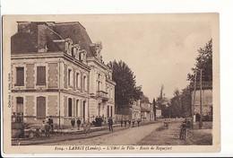 Labrit - L'Hôtel De Ville - Route De Roquefort / Editions Aries N°8104 - Labrit