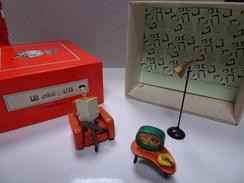 PIXI 4243 LES INFOS En Bon état  Boite  D'origine - Figurines