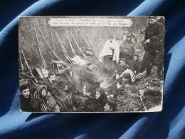 Guerre 1914  Furnes  Le 7e De Ligne Au Repos  Son Drapeau Fut Décoré La Veille Par Le Roi Des Belges - L288B - Kuurne