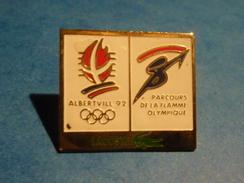 PIN'S PIN  LACOSTE CROCODILE JEUX OLYMPIQUE ALBERTVILLE 1992 PARCOURS DE LA FLAMME OLYMPIQUE HIVER - Juegos Olímpicos