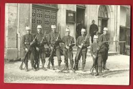 PRC-09 Carte-Photo Militaires, Lieu à Déterminer, Selon Origine Du Lot : Genève, Vraisembl. En 1920 Militär. Non Circulé - GE Genf