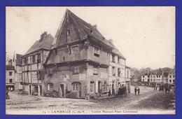 LAMBALLE  Place Cornemuse  (  TACHES Tres LEGERES  DANS LE CIEL  SINON TTB ETAT )  ) Ww1102) - Lamballe
