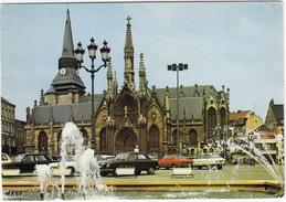 Roubaix: PEUGEOT 204, OPEL KADETT-B, CITROËN AMI 8 - Fontaine - Eglise Saint-Martin - (France) - Voitures De Tourisme