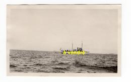 Batailleuse BT, Aviso, Devant St. Malo 07.33 - Bateaux