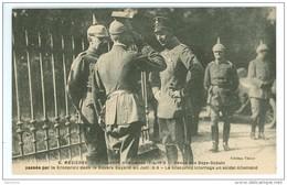 08 - MEZIERES - Occupation Allemande 1914-1918 -  Revue Des Boys Scouts  Passée Par Le Kronprinz... - War 1914-18