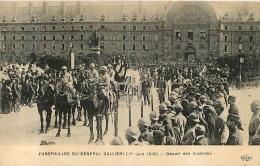 PARIS FUNERAILLES DU GENERAL GALLIENI 1er  JUIN 1916  DEPART  DES INVALIDES - Zonder Classificatie