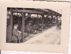 Foto Deutsche Soldaten Auf Dem Schießstand - Molkenbrug(?)  - 2. WK - 6*4cm (26175) - Guerre, Militaire