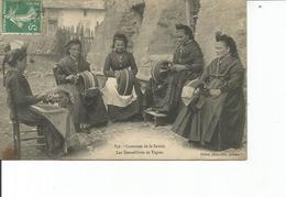 73-COSTUMES DE LA SAVOIE LES DENTELLIERES DE TIGNES - Andere Gemeenten