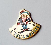 Pin's Skieur L'Escampette - 14R - Villes