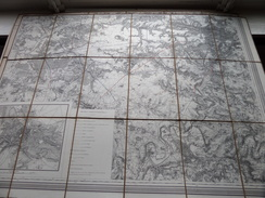 Carte SENLIS / BEAUVAIS Imp. Kaeppelin Paris ( Oudere 2de Hands Kaart Op Katoen / Cotton ) ! - Europe