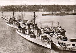 1980 Kiel   - Scheermole Mit Schiffen Der Bundesmarine - Ausrüstung