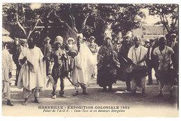 Cpa Marseille Exposition Coloniale 1922 - Palais De L'AOF - Tam-tam Et Ses Danseurs Sénégalais  ((S. 1603)) - Expositions Coloniales 1906 - 1922