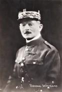 FRANCE    CP  Militaria   Général Weygand Officier Général  Français Edition Du Globe Visa Censure N°636 Henri Manuel 25 - Photos