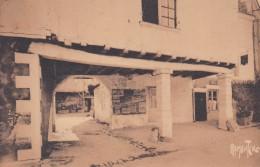 A16 - 79 - Saint-Maixent-L'Ecole - Deux-Sèvres - Vieille Maison De La Place Du Marché - N° 14294 - Saint Maixent L'Ecole
