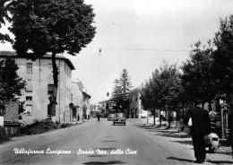 """06507 """"VILLAFRANCA LUNIGIANA (MS) - STRADA NAZ. DELLA CISA"""" ANIMATA, AUTO ANNI '50. CART. ILL. ORIG. NON SPEDITA - Italia"""