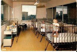CHARLEROI (6000) - Enfance : INSTITUT MEDICO CHIRURGICAL A. GAILLY - UNE CHAMBRE DU SERVICE DES ENFANTS. CPSM - Charleroi