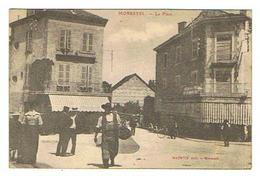 CPA 38 MORESTEL La Place - Morestel