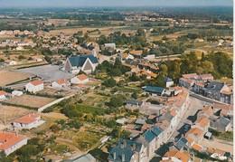 44 - BOUAYE - VUE AERIENNE - LE CENTRE DU BOURG - Bouaye