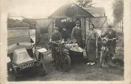 A - 16 - 2295 - BOISSY SAINT LEGER - CARTE PHOTO D'un GARAGE - 1924 - MOTOS - MOTOCYCLISME - AUTOMOBILES - AUTOS - - Boissy Saint Leger