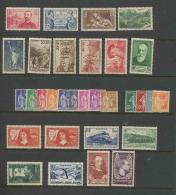 1937 Année Complète Neufs ** Cote 744 Euros PARFAIT état Sauf  348/351 Et 354/355 Cote 180 Euros