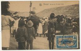 Bangui Un Jeu Du 14 Juillet 1924 Mat De Cocagne Oubangui Timbre AEF Fille Nue En String De Dos Edit Nels - República Centroafricana