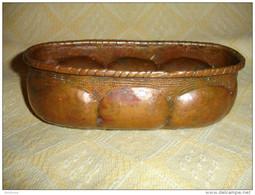 Ancien Petit Cache Pot Ovale En Cuivre Rouge, Martelage Fait à La Main En Cuivre Epais (15-1287) - Cuivres