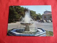 Guglionesi Piazza Garibaldi E Fontana Campobasso Molise - Autres Villes